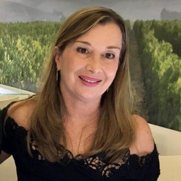 Rosemeire Garcia, Formadora Homologada